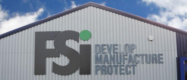 Voorgevel FSi fabriek in Engeland
