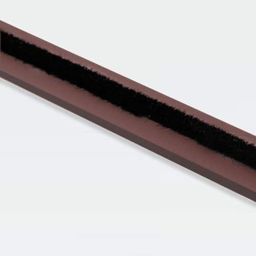 bruine brandwerende deurstrip met borstel